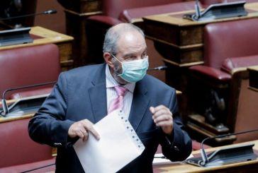 Φωτογραφίες: Τρόμαξαν να αναγνωρίσουν τον Κώστα Καραμανλή στη Βουλή