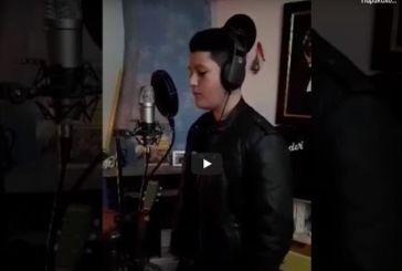 Ο δεκαπεντάχρονος Ναυπάκτιος με την εκπληκτική φωνή (βίντεο)