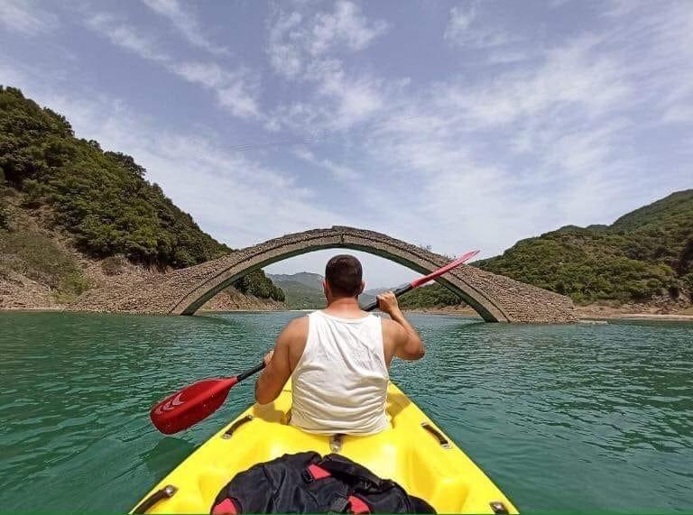 Πρόταση για θέσπιση κωπηλατικών αγώνων στη Λίμνη Κρεμαστών