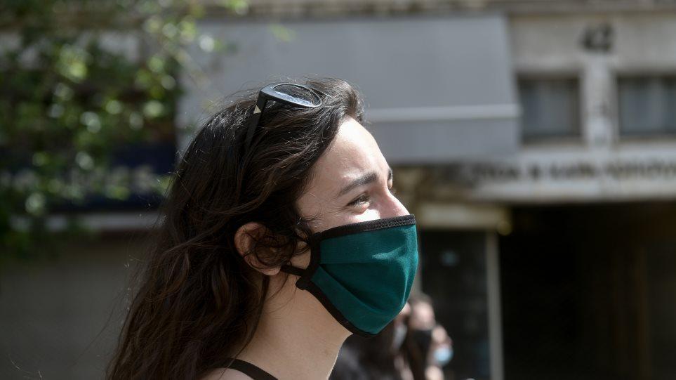 Κορωνοϊός – Παπαθανάσης: Λανθασμένη η εντύπωση ότι θα χρειάζεται μάσκα στον δρόμο