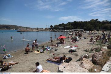 «Χειμωνιάτικες» θερμοκρασίες ξανά στη θάλασσα μετά το σύντομο καύσωνα του Μαΐου