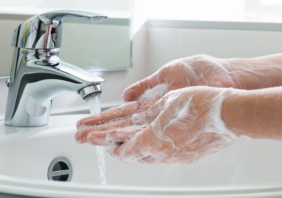 «Σώστε ζωές, καθαρίστε τα χέρια σας» – Τι είπε ο Σ. Τσιόδρας για παγκόσμια μέρα υγιεινής των χεριών