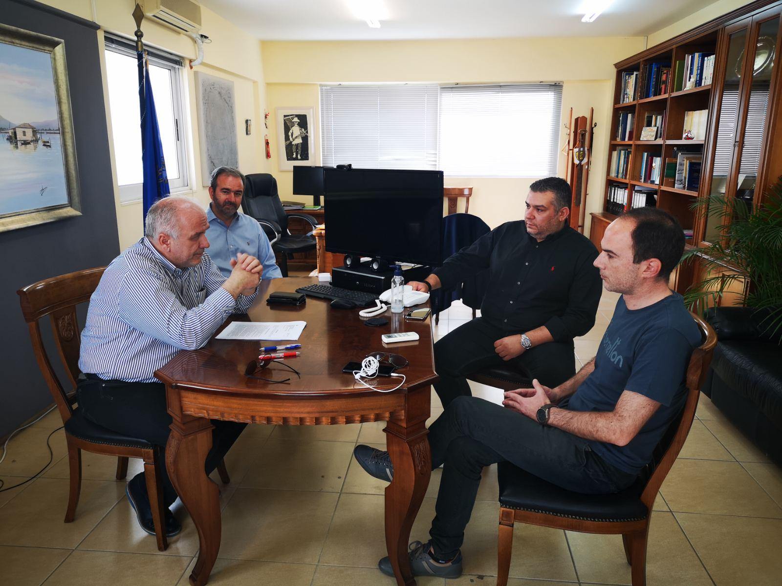 Μεσολόγγι: Συνάντηση εργασίας με εκπροσώπους της Περιφέρειας για έργα του Δήμου