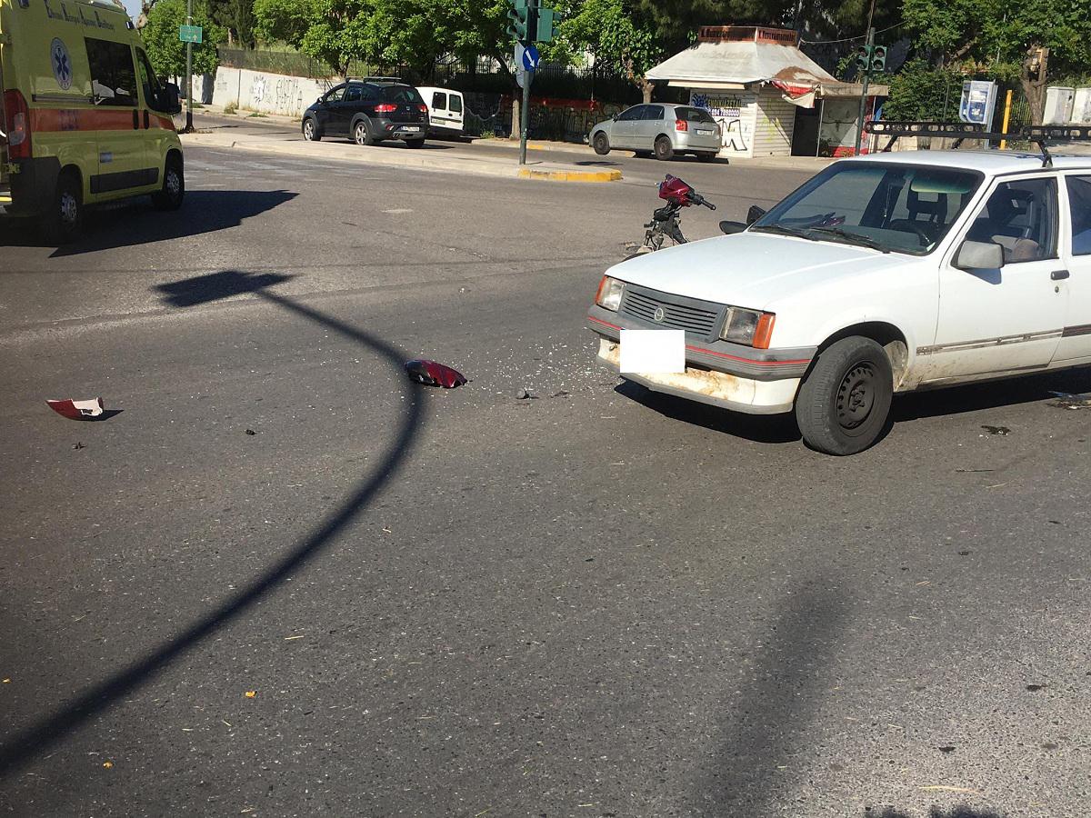 Μπαράζ τροχαίων στο Αγρίνιο: Νέο ατύχημα με τραυματισμό στον Άγιο Κωνσταντίνο