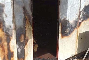 Βελαώρα Ευρυτανίας: Κάηκε ολοσχερώς μία αποθήκη και κινδύνευσαν σπίτια