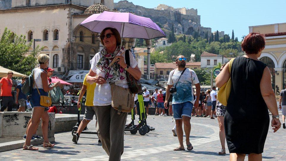 Καιρός- Καύσωνας: Ρεκόρ ζέστης στην Ελλάδα το Σαββατοκύριακο