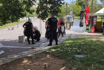Χειροπέδες σε γυναίκα που τράβηξε πιστόλι δημοσίως σε καυγά στο Αγρίνιο