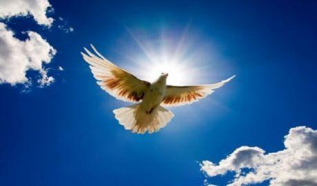 Του Αγίου Πνεύματος: Ευχές των Ηλεκτρολόγων για τον εορτασμό του προστάτη τους