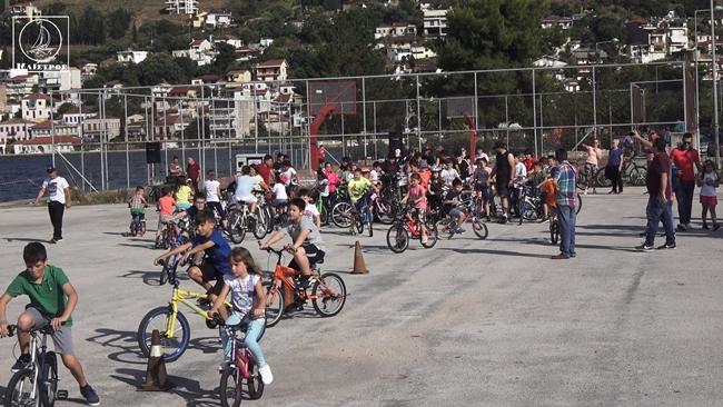 Επιτυχής η πρώτη ποδηλατοβόλτα στην Αμφιλοχία (βίντεο)