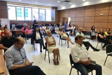 Συνεδρίασε η Δημοτική Επιτροπή Διαβούλευσης Ναυπάκτου για τις αναπλάσεις των πλατειών