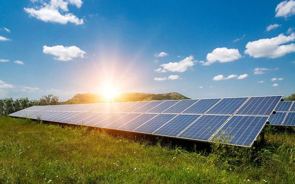 ΠΣΑΦ: Οι αγρότες αδυνατούν να κατασκευάσουν φωτοβολταϊκά λόγω έλλειψης δικτύου ΔΕΔΔΗΕ