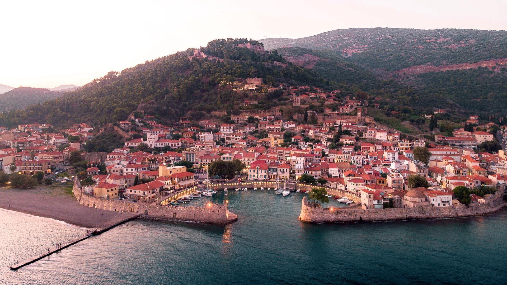 Δήμος Ναυπακτίας: Στις 31 Αυγούστου λήγει η προθεσμία δήλωσης τετραγωνικών ακινήτων