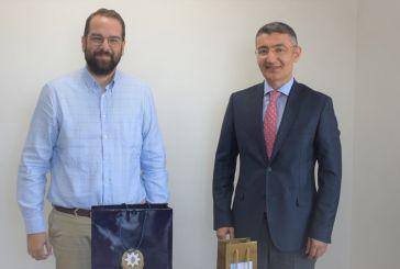 Συνάντηση του Νεκτάριου Φαρμάκη με τον Πρέσβη του Αζερμπαϊτζάν