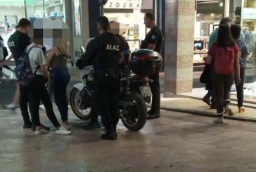 """Tσαντάκιας """"χτύπησε"""" σε ώρα αιχμής στο κέντρο του Αγρινίου"""