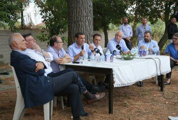 Τι συζήτησε ο Τσίπρας με τους ελαιοπαραγωγούς του Αιτωλικού