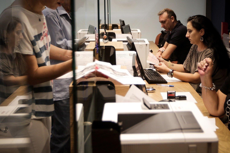 Lockdown: Τα 6 μέτρα για τους δημόσιους υπαλλήλους