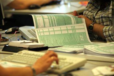Φορολογικές δηλώσεις: Οδηγός από την ΑΑΔΕ για τη συμπλήρωση Ε1 και Ε2
