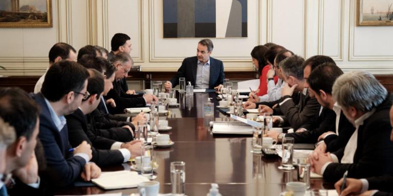 Κορωνοϊός: Τι αποφάσισε η κυβέρνηση -Μητσοτάκης: «Το πλαίσιο είναι επαρκές, υπάρχουν ζητήματα εφαρμογής του»