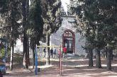 Τρίκαλα: Θρίλερ με νεκρή μαθήτρια έξω από εκκλησία