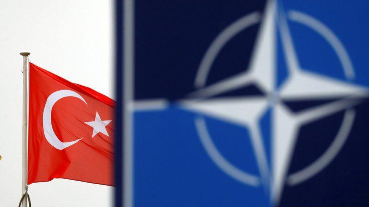 Άρθρο-κόλαφος των Times για Τουρκία: Το ΝΑΤΟ δεν μπορεί να ανέχεται καταπάτηση ελληνικών υδάτων