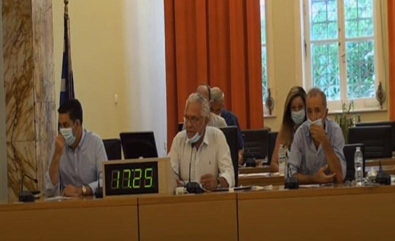 Συζήτηση στο δημοτικό συμβούλιο Αγρινίου: Το «μπούλιγκ» σε ασθενείς με κορωνοϊό και ο τραγέλαφος με ΕΟΔΥ