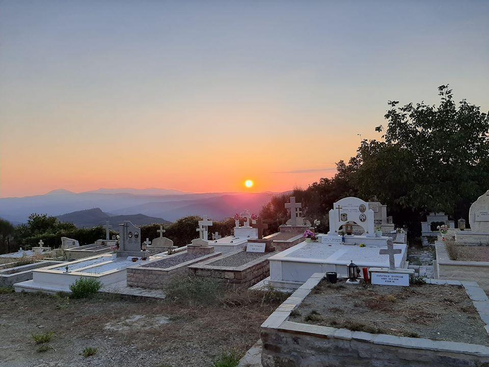 Το ηλιοβασίλεμα της ματαιότητας στην Αιτωλική γη ως καθρέφτης του καλοκαιριού που φεύγει…