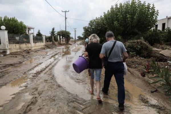 Σπίρτζης: «Ανεπαρκείς οι ενέργειες αντιμετώπισης των πλημμύρων στην Εύβοια»