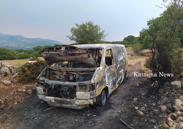 Φορτηγάκι άρπαξε φωτιά στον Άγιο Νικόλαο Κατούνας
