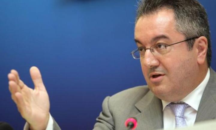 Ηλίας Μόσιαλος: Το δεύτερο lockdown πρέπει να είναι μικρής διάρκειας