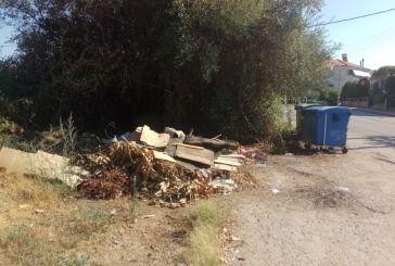 Αγρίνιο: Άσχημη εικόνα σε κοινόχρηστους χώρους του Αη-Γιάννη Ρηγανά