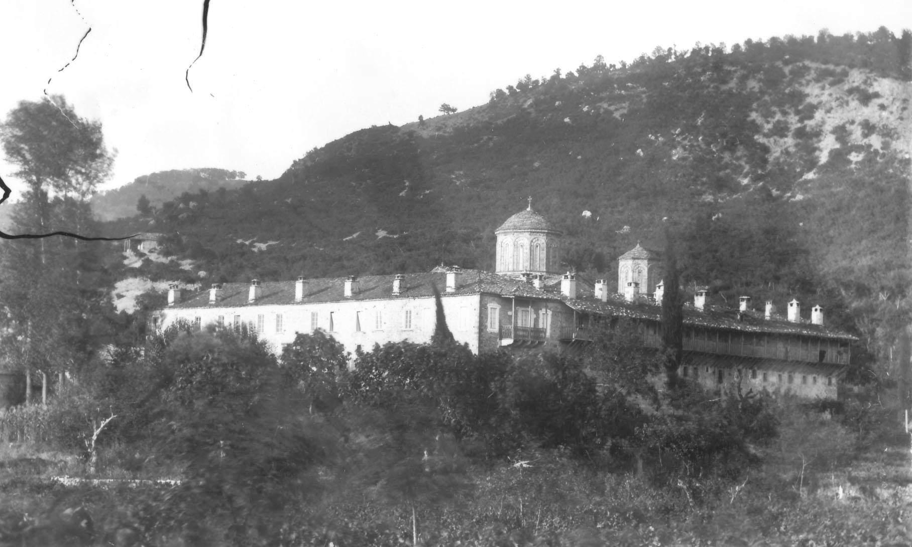 Σπάνια φωτογραφία του παλαιού Μοναστηρίου της Παναγίας στην Τατάρνα στα 1892/93