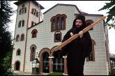 Κοζάνη: Η άλλη άποψη για το περιστατικό με τη γυναίκα που φορούσε μάσκα σε εκκλησία