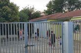 Οργή γονέων για το κοντέινερ στο 7ο Νηπιαγωγείο Αγρινίου (βίντεο-φωτό)
