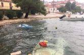 Κακοκαιρία Ιανός: Βούλιαξαν βάρκες στο λιμάνι του Αστακού