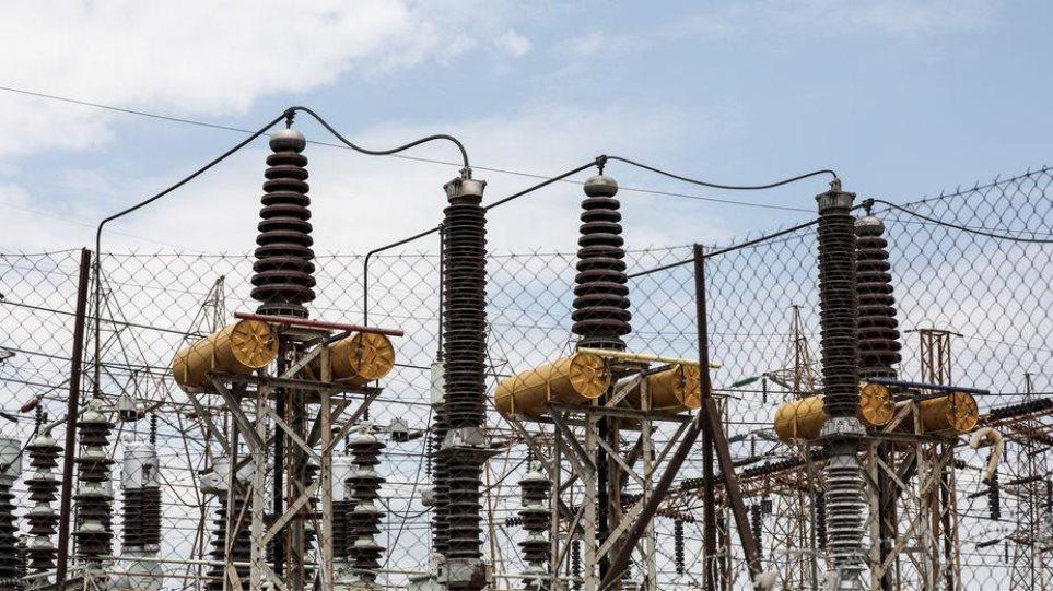 Κακοκαιρία: Διακοπές ρεύματος σε Ιθάκη, Ζάκυνθο και Κεφαλονιά έφερε ο «Ιανός»