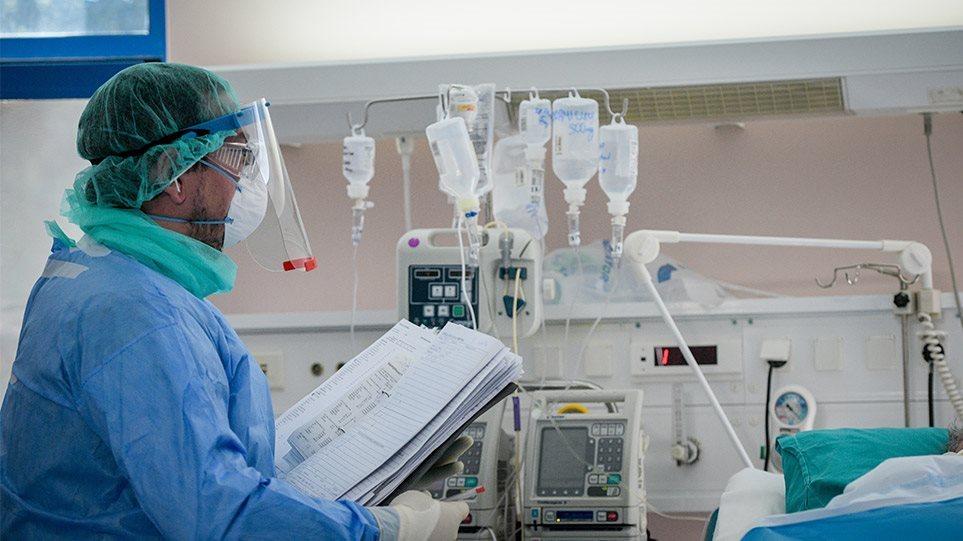 Τα νεότερα για την κατάσταση των δυο 20χρονων από το Αγρίνιο που νοσηλεύονται σε ΜΕΘ μετά από τροχαίο