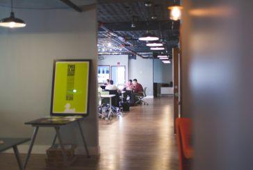Νέα κριτήρια για την ένταξη των επιχειρήσεων σε επιστρεπτέα και επιδότηση πάγιων δαπανών