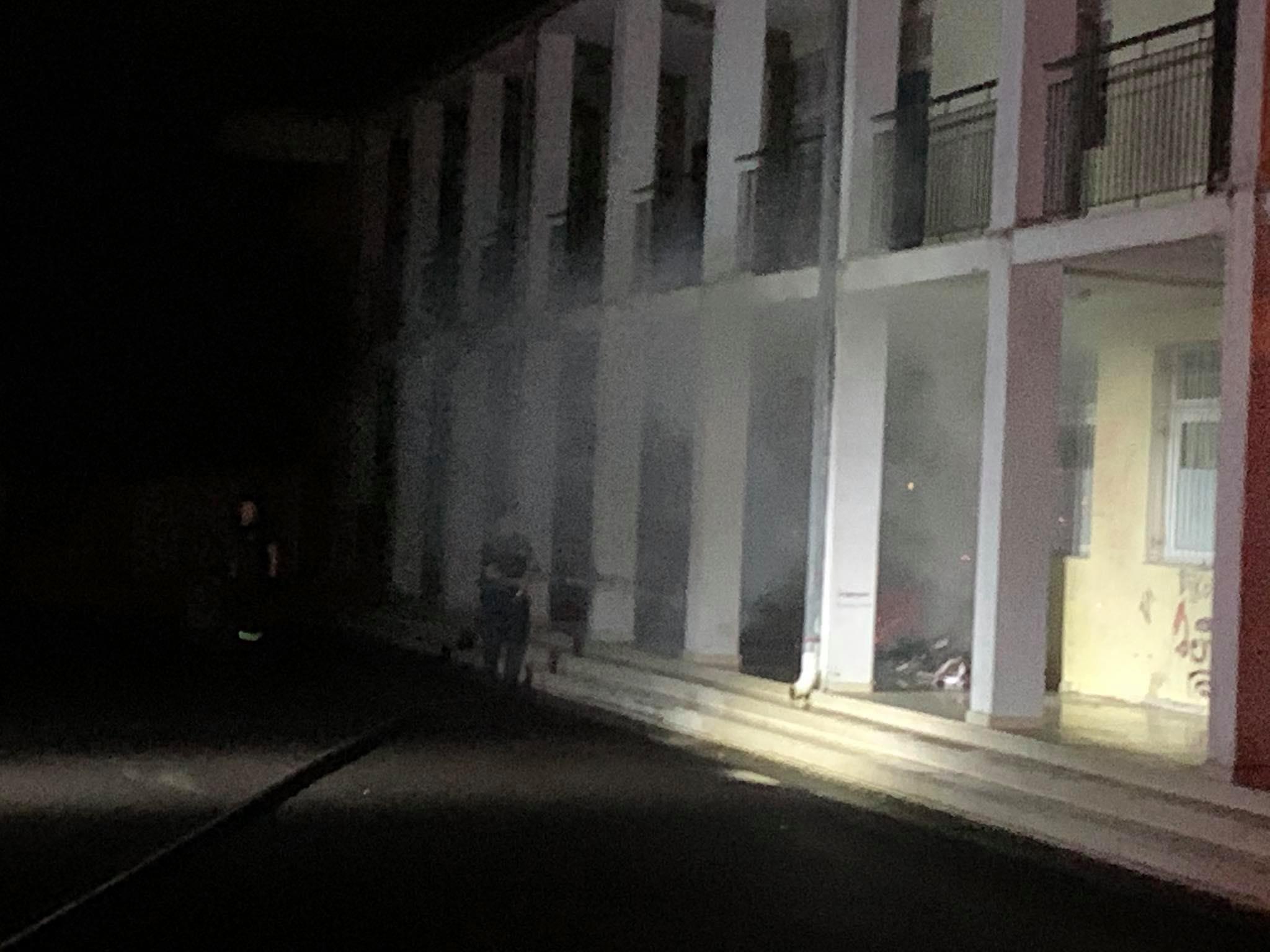 Κινητοποίηση της Πυροσβεστικής για φωτιά στο 4ο Γυμνάσιο Αγρινίου- καίγονταν βιβλία