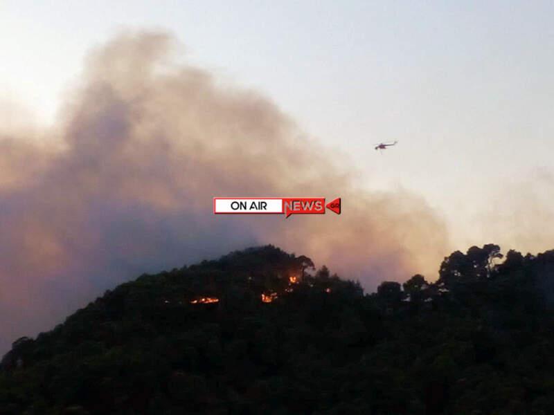 """""""Σκέπασε"""" το Μεσολόγγι ο καπνός της φωτιάς στο Τρίκορφο (φωτο)"""