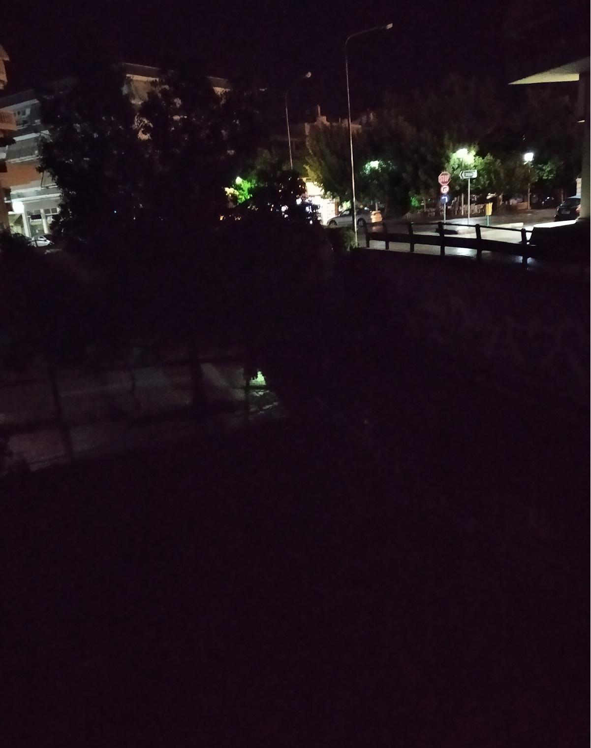 Στα σκοτάδια τμήμα της οδού Φιλελλήνων