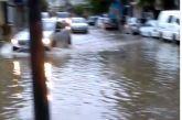 """Αγρίνιο: """"ποτάμι"""" ο δρόμος στην περιοχή της Πεταλούδας…(βίντεο)"""