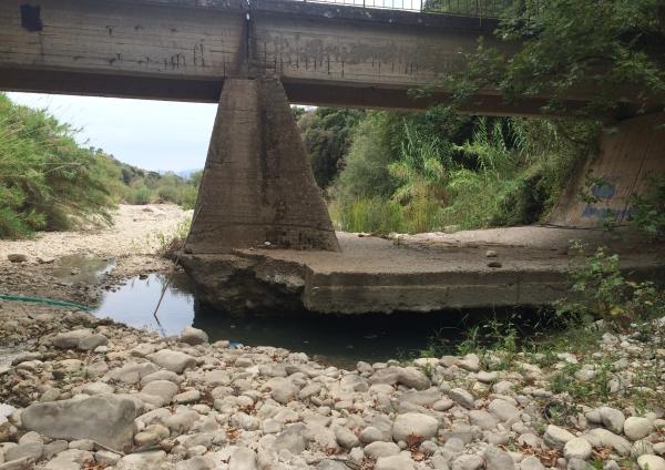 """""""Ρημάζουν την Ερμίτσα, καταστρέφουν τις υποδομές"""""""
