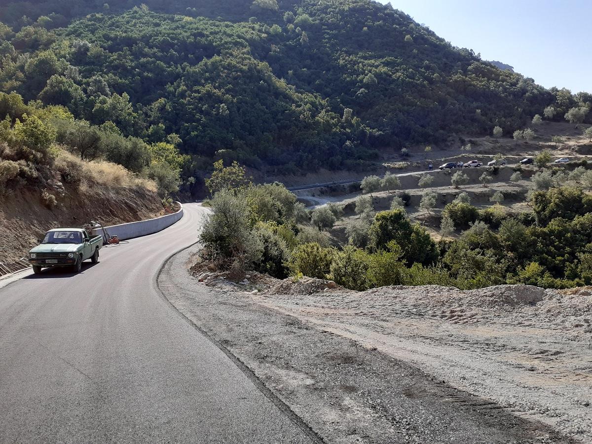 Έργα σε αγροτικούς δρόμους του Κυπάρισσου
