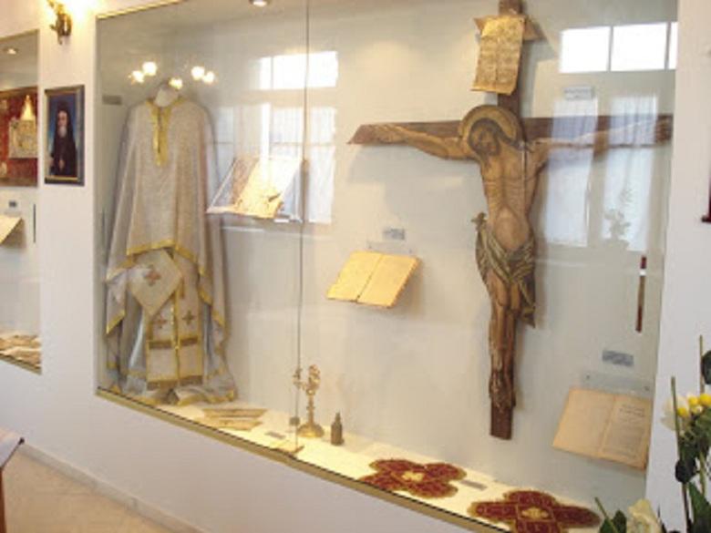 Γιορτάζει το παρεκκλήσι της Υψώσεως του Τιμίου Σταυρού στη Γραμματικού Αγρινίου