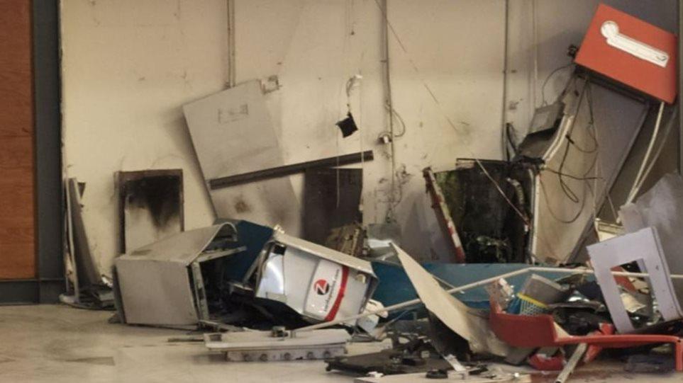 Πάτρα: Στα €242.000 η λεία από την έκρηξη των ΑΤΜ – Αλβανοί οι δράστες