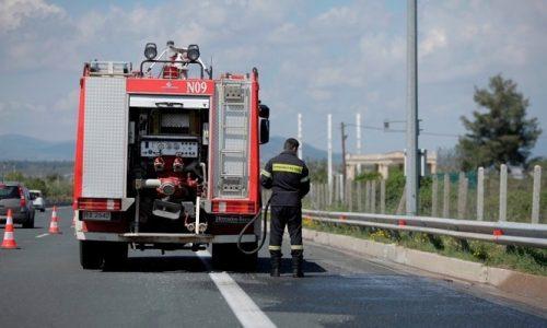 Ιόνια Οδός: Φωτιά σε φορτηγό κοντά στον κόμβο Αμμοτόπου