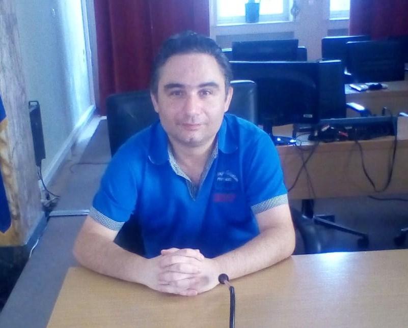 Διάκριση για τον Αγρινιώτη ποιητή Πέτρο Βελούδα