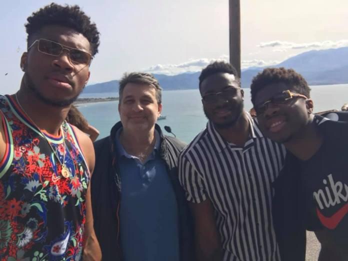 Στα… μέρη μας ο MVP του NBA Γιάννης Αντετοκούνμπο με τα αδέρφια του