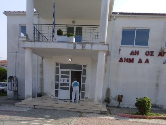 Κλειστό το Κοινοτικό Κτίριο Καλυβίων λόγω απολύμανσης
