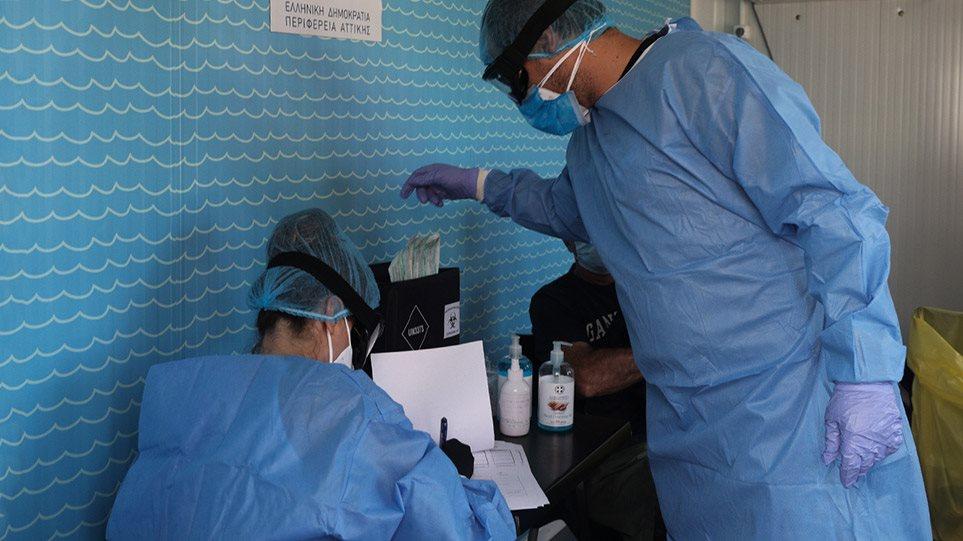 Στα όριά του το σύστημα υγείας με 1.690 κρούσματα χθες και 132 διασωληνωμένους